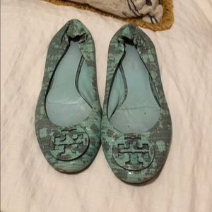 Tory Burch Aqua Blue Snakeskin Patterned Flats 9